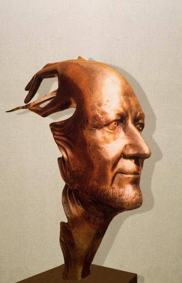 Autoritratto di Gilbert Kruft gesso-La Conclusione- Gilbert Kruft