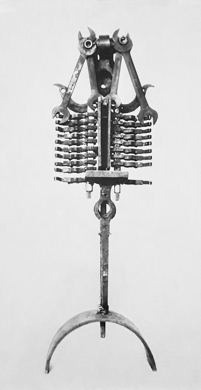 Senza titolo, assemblaggio di rottami, 1961-62 opera attribuita, andata persa, Gilbert Kruft