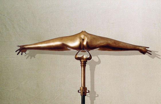 """""""Sintesi femminile"""": retro- L43cm, bronzo, 1980, il Vissuto - Gilbert Kruft"""