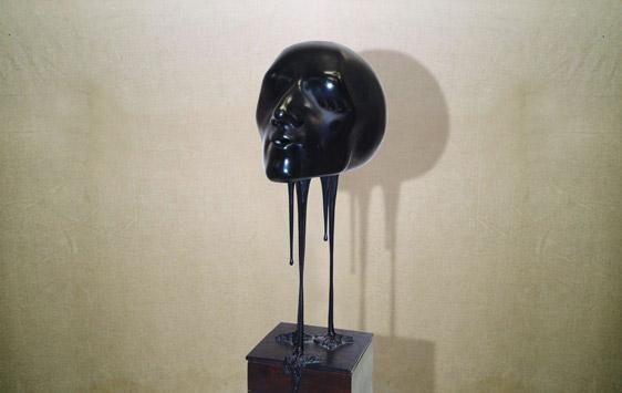 """""""Silenzio del respiro"""": h32cm, bronzo su base in legno, 1975"""