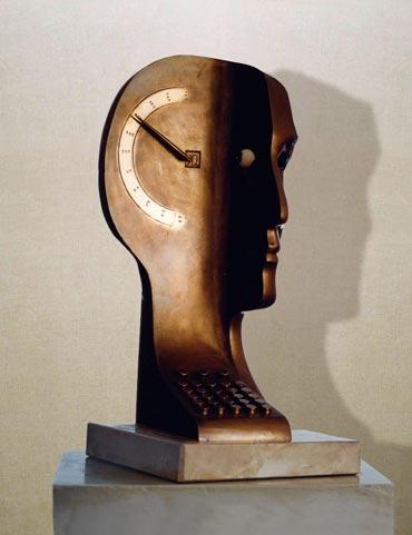 """""""Uomo senza qualità"""": h36cm, bronzo su base in pietra, 1974- il Visto-Gilbert Kruft"""